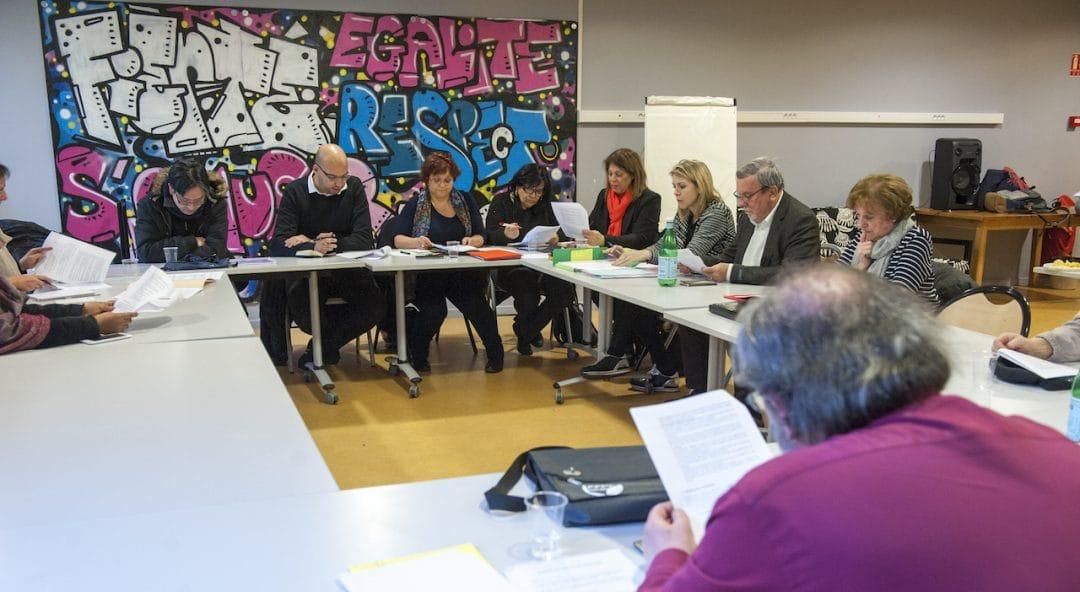 Photo d'une réunion du conseil consultatif de la vie associative