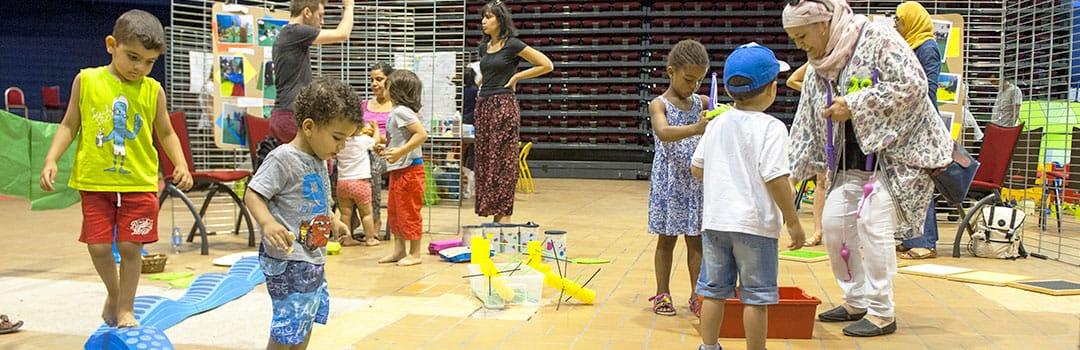 Enfants pratiquant des activités