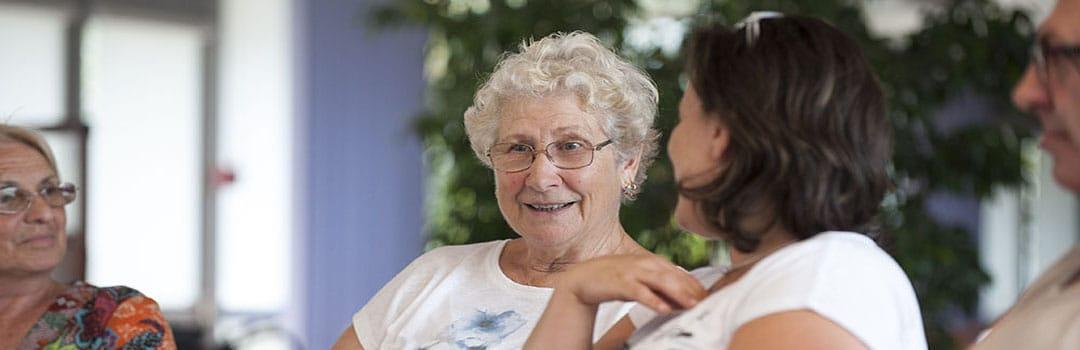 Personnes âgéesb souriantes