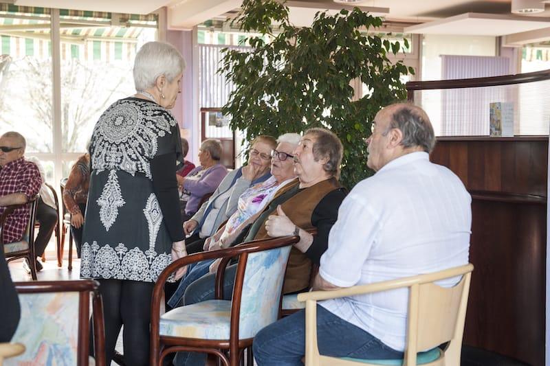 Personnes âgées dans la Résidence Croizat