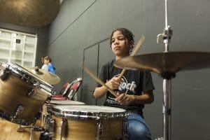 Jeune batteur