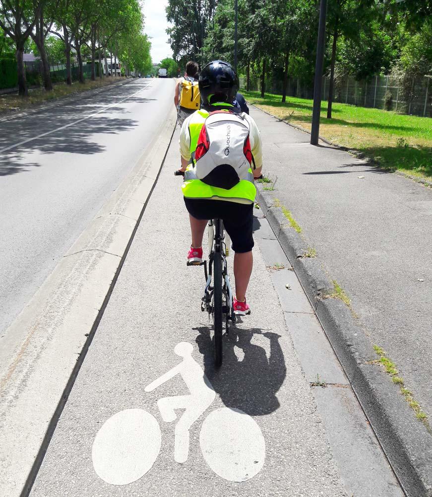 Piste cyclable sécurisée, le long de l'avenue Paul Marcelin - juin 2019