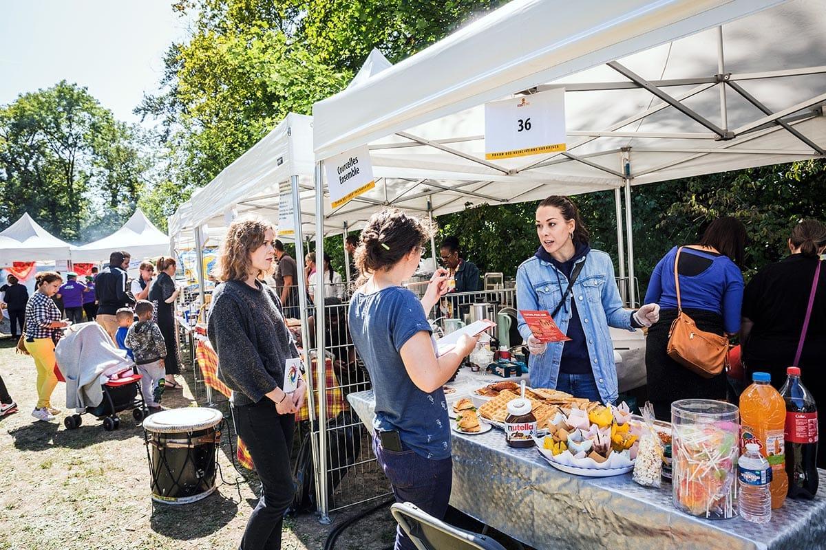 Forum des Associations 2019 - Espace restauration - Plats proposés par l'association Courcelles Ensemble - Parc Elsa-Triolet