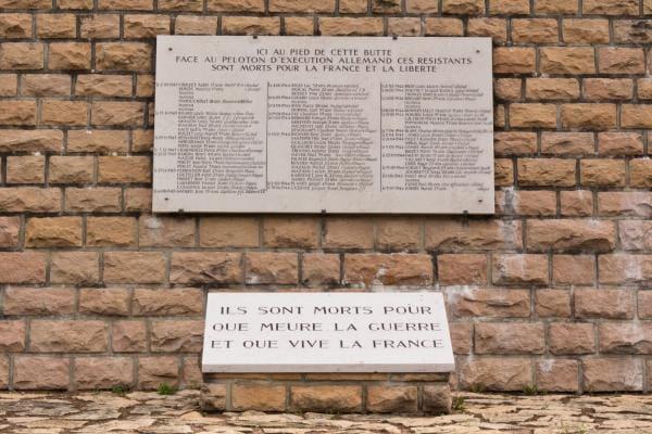 Mur des fusillés - Nécropole de la Doua - Villeurbanne