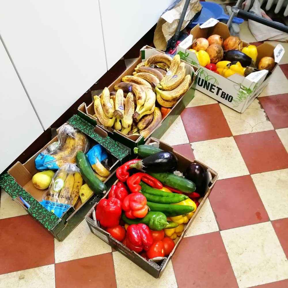 Maison des familles repas avec les invendus du marché - Semaine européenne de réduction des déchets - novembre 2019