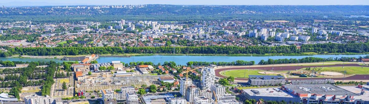 Vaulx-en-Velin - vue aérienne - © Thierry Fournier - Métropole de Lyon