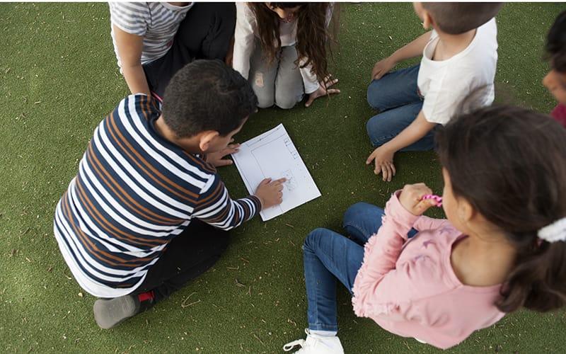 Enfants jouant dans un accueil de loisirs - 2018