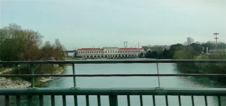 canal de jonage et usine hydroelectrique
