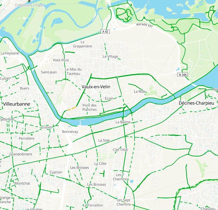Carte des pistes cyclables à Vaulx-en-Velin issue du site geovelo.fr - juin 2021