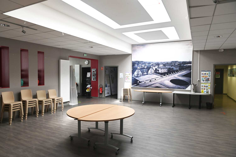 Espace Carmagnole - Salle de réunion - juillet 2021 - photo Laurent Cerino