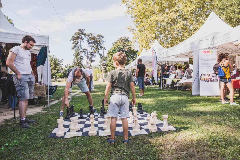 Forum des Associations 2019 - Jeu d'échecs géant - Parc Elsa-Triolet