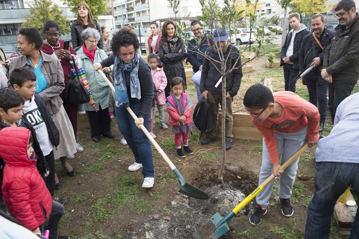 Jardin partagé à Chenier, inauguration en présence de la maire - septembre 2019 - Photo L.C.